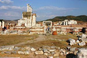 800px-Saint-John_in_Ephesus_(6)